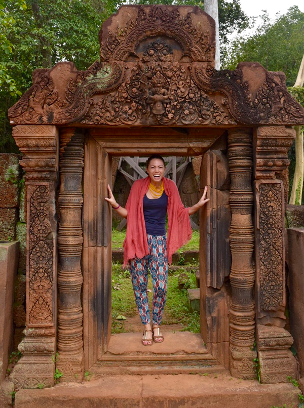 cambodia-banteay-srei-dress-code-siem-reap