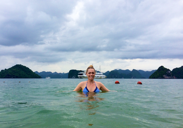 halong-bay-ti-top-island-beach